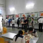 上海郊外の社員食堂